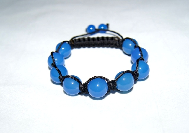 Shamballa style Bracelet with 12mm blue agate beads - 510